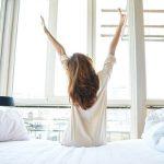 Nu te consideri o persoana matinala? Afla care sunt cele 5 obiceiuri care iti vor schimba diminetile!
