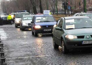 Primăria Arad intenţionează să limiteze folosirea parcărilor din zona centrală de către angajaţii instituţiilor