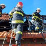 Incendii la două case din Șimand și Gurahonț
