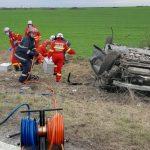 Autoturism răsturnat la ieșirea din Arad. UPDATE 2 Șoferul a murit