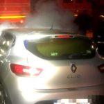 Pompierii au intervenit la patru incendii. Un autoturism a luat foc în Arad