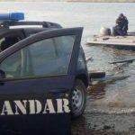 Doi bărbați din Bodrogu Nou, prinși la braconaj piscicol de jandarmii arădeni