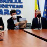 CJ Arad caută soluții pentru prevenirea inundațiilor pe Valea Mureșului