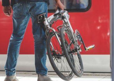 Bicicletele pliabile/demontabile pot fi transportate gratuit pe toate tipurile de trenuri