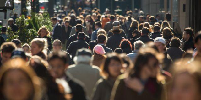 Sondaj. 63% dintre români cred că situaţia generală a ţării este mai rea ca acum 30 de ani
