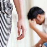 Femeie din Cermei, cercetată penal pentru că și-a bătut soțul