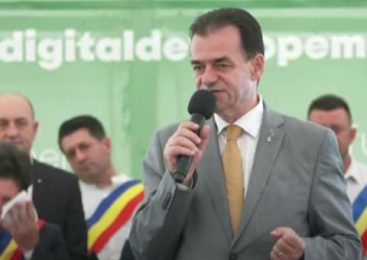 Orban, la Arad: Nu candidez la preşedinţia PNL pentru un nou mandat ca să mă aflu în treabă