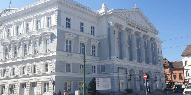 """Programul spectacolelor la Teatrul Clasic """"Ioan Slavici"""" Arad, în octombrie"""